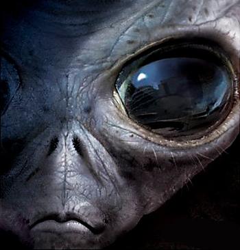 Dark Skies trailer makes us afraid of alien abductions again!
